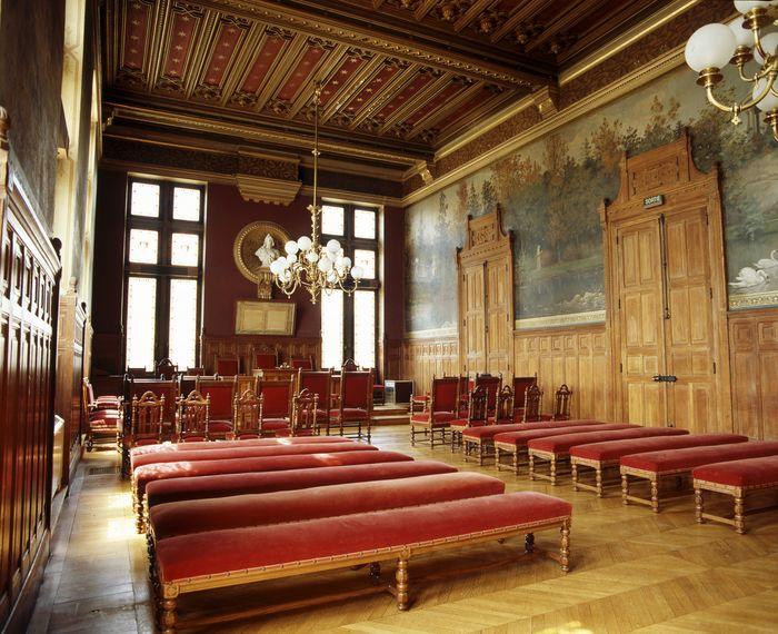 Journées du patrimoine 2019 - Visites guidées. Hôtel de ville de Vincennes