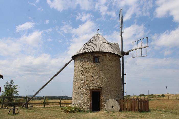 Journées du patrimoine 2020 - le vent et l'homme autrefois à Ally : les moulins