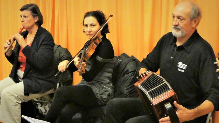 Contredanses et Mixers : stage + bal folk