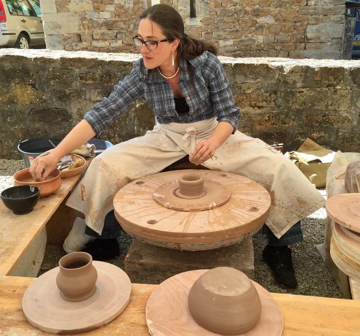 Journées du patrimoine 2020 - Démonstrations de taille de silex et de fabrication de poteries