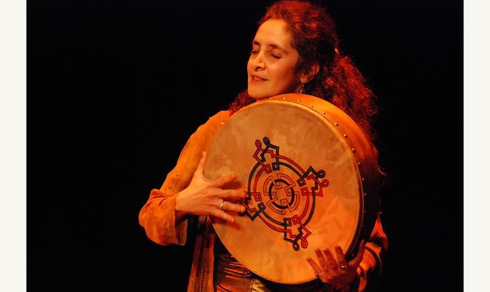 Journées du patrimoine 2020 - L'heure du conte | D'une terre à l'autre, récit-spectacle par Thérésa Amoon