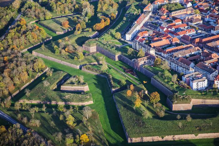Journées du patrimoine 2020 - Les fortifications Vauban en petit train à Neuf-Brisach !