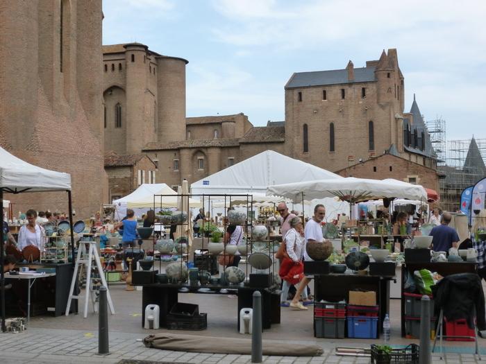 Les Journées Européennes du Patrimoine accueillent à nouveau des professionnels des Métiers d'Art au pied de la Cathédrale.