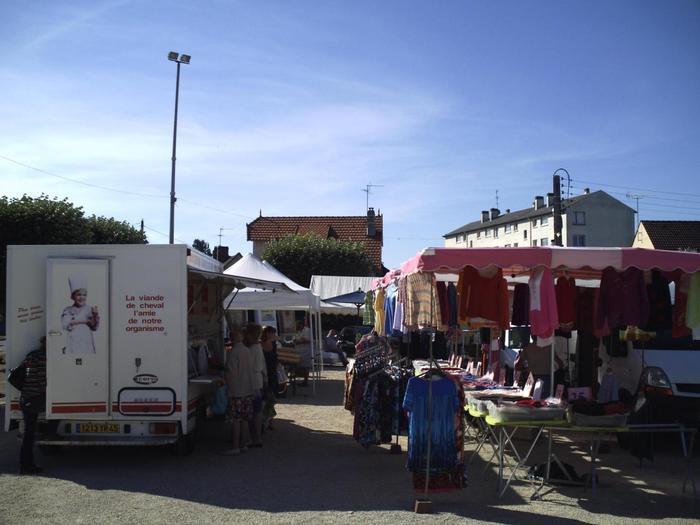 Marché de Chalette-sur-Loing - Mardi