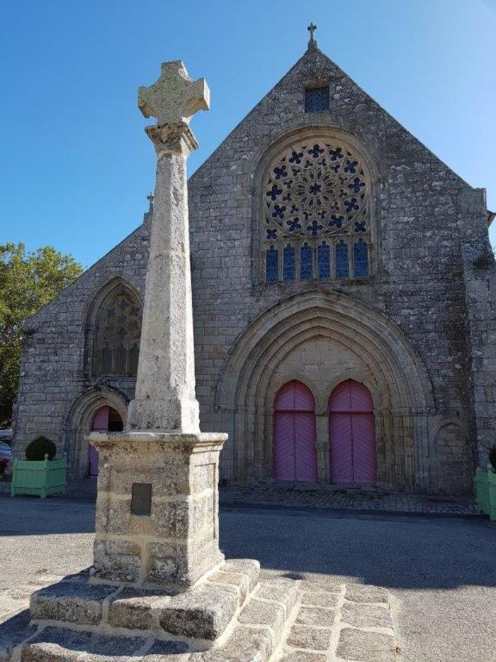 Journées du patrimoine 2020 - Visite extérieure de l'Eglise Notre-Dame des Carmes, à Pont-L'Abbé