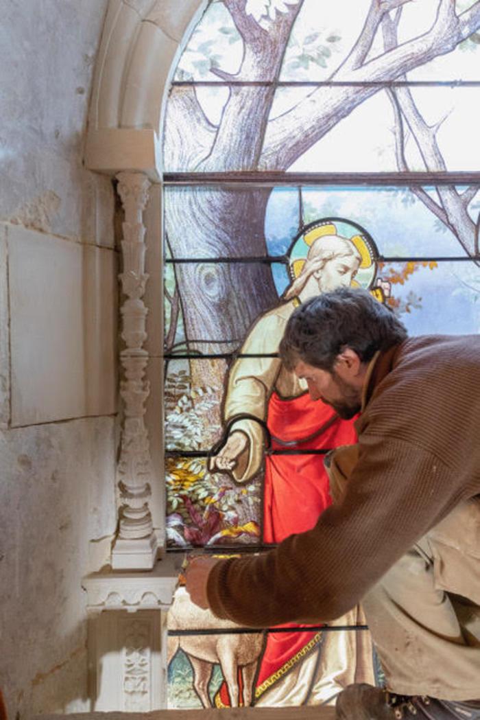 Journées du patrimoine 2020 - Démonstration d'ateliers d'artisans : tailleur de pierre, restauratrice de vitraux, restauratrice de tableaux