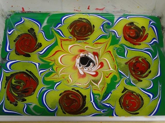 Stage « déco papier marbré et à la colle » Créez vos décorations de papier pour la réalisation originale de cartes, carnets, albums photos, reliures, livres d'artiste