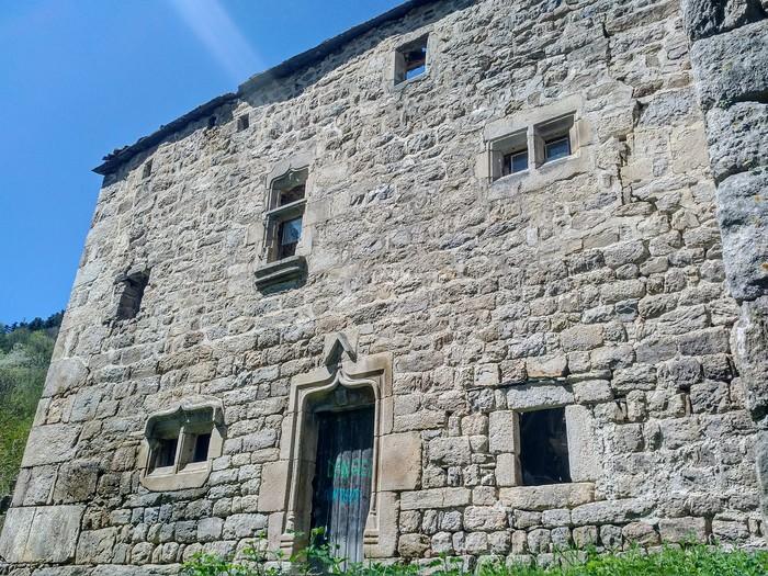 Journées du patrimoine 2019 - Randonnée à la découverte d'une léproserie du XVIème siècle isolée dans les bois