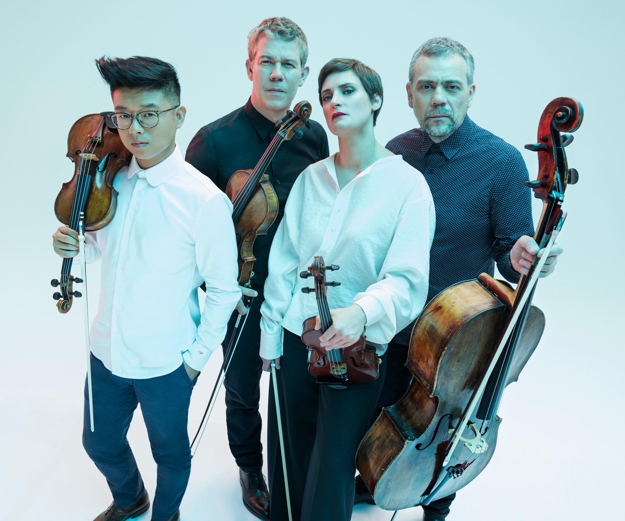 Le Quatuor Diotima, quatuor le plus demandé au monde, partage la scène avec Jean-François Heisser, pianiste et chef d'orchestre de renom. Une affiche de rêve pour une matinée musicale à ne pas rater.