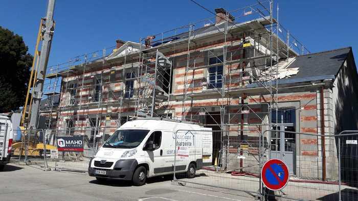 Journées du patrimoine 2020 - Visite du chantier de rénovation de la gare de Pontivy (Napoléonville)