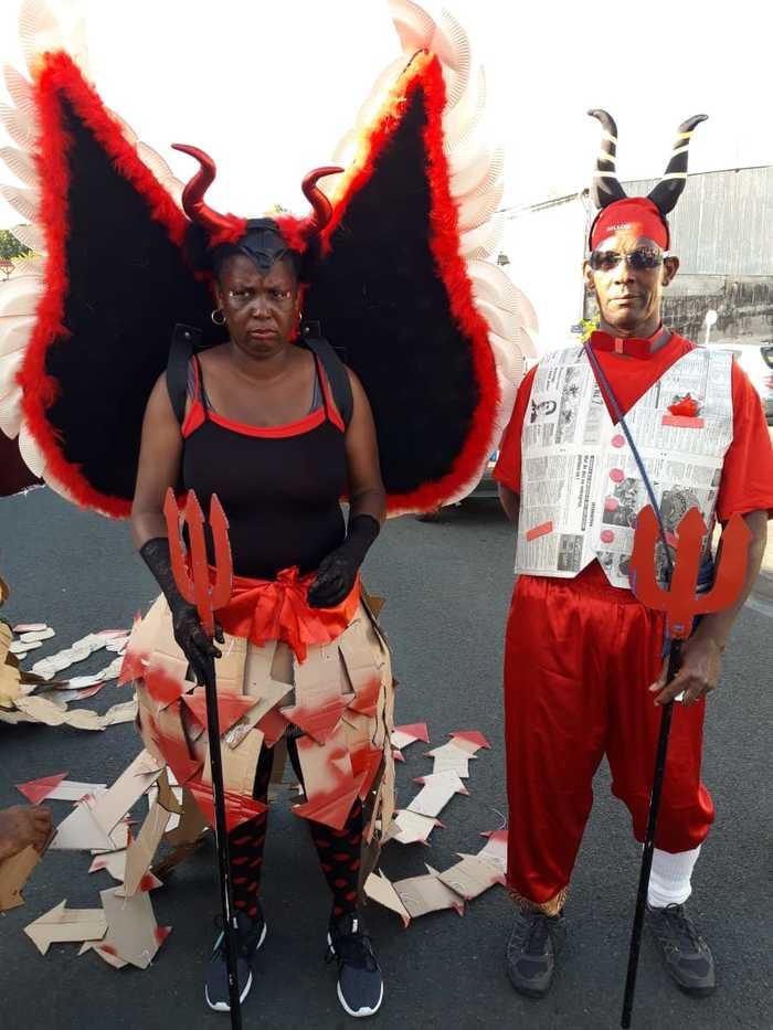 Journées du patrimoine 2019 - St-Pierre / Centre de découvertes des Sciences de la Terre / Les costumes et masques de carnaval / exposition