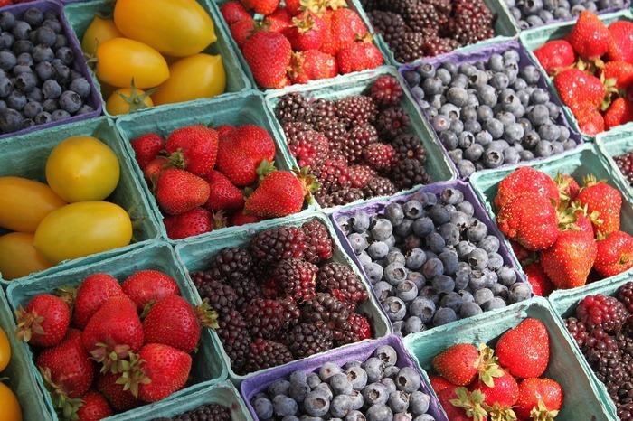 Composés uniquement de producteurs fermiers et d'artisans, les Marchés des Producteurs de Pays privilégient le contact direct entre producteurs et consommateurs.