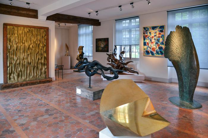Thomasine Giesecke et Marc Planceon vous accueillent au musée pour une séance privilégiée de pratique où corps et esprits se combinent pour une expérience unique au milieu des œuvres du musée.