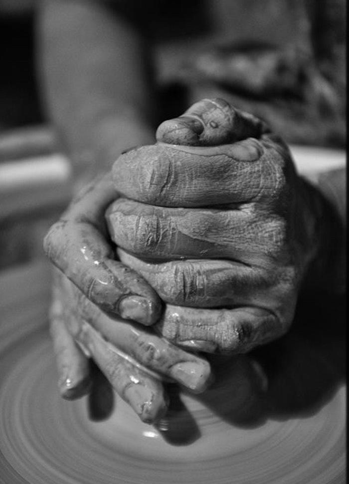 Journées du patrimoine 2020 - METIERS D'ART / Atelier LES PETITS POTS DANS LES GRANDS, Axelle CHABRIER, céramiste à Etoile-sur-Rhône,