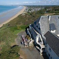 Viens profiter de la plage pour pêcher, t'amuser... et découvrir la Baie du Mont St Michel !!!