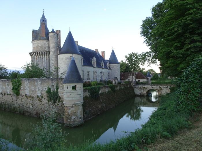 Journées du patrimoine 2020 - Promenade autour des douves du château de Coussay