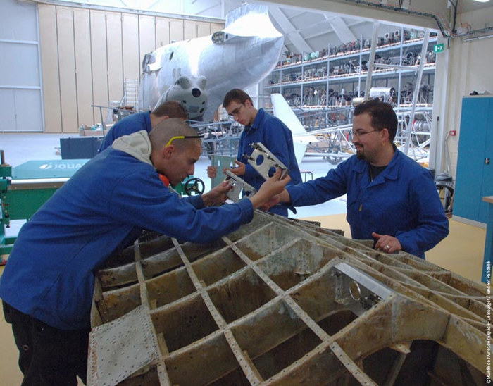 Journées du patrimoine 2020 - Visite des ateliers associatifs de restauration d'aéronefs