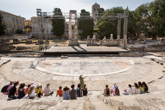Visites guidées flash : 30 min pour connaître les monuments d'Arles