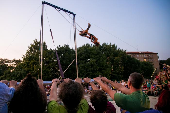 Cirque aérien et musique live
