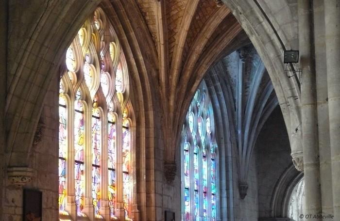Journées du patrimoine 2020 - Eglise Saint-Sépulcre et les vitraux d'Alfred Manessier