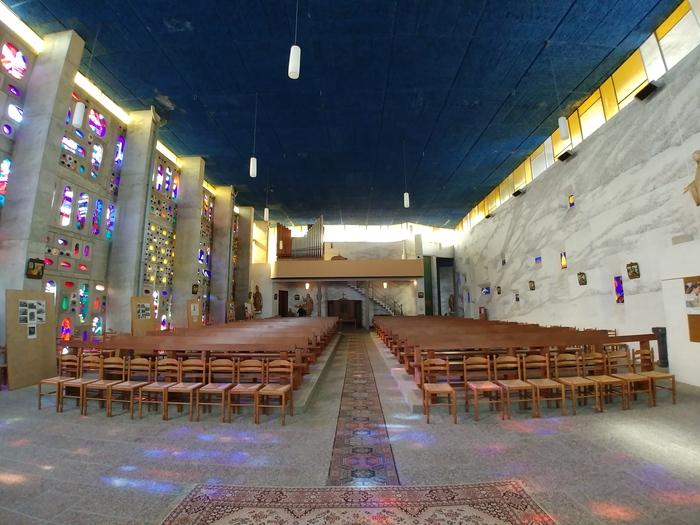 Journées du patrimoine 2020 - Visite libre de l'église St Martin de Foucarmont, architecture religieuse du XXème siècle