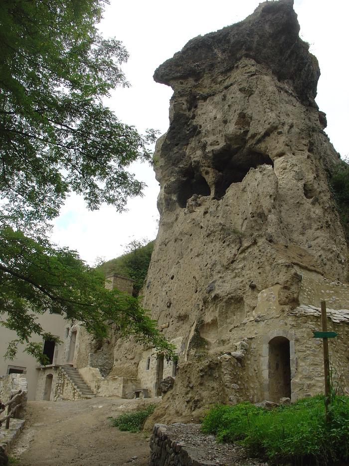 Journées du patrimoine 2019 - Visite du village troglodytique de Perrier