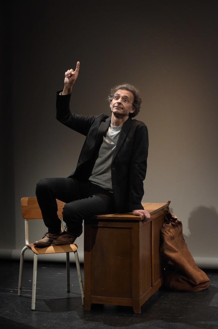 Texte de Daniel Pennac - Adaptation et Interprétation : Laurent Natrella, sociétaire de la Comédie-Française