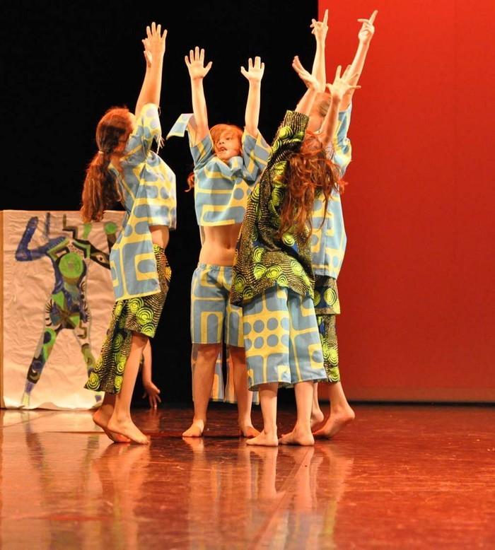 Cours de danse techniques et ateliers chorégraphiques