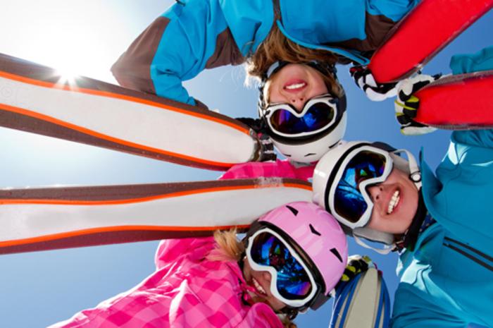 A la Pierre Saint Martin, grand domaine skiable de 75 hectares, viens t'initier ou t'expérimenter aux joies du ski alpin!