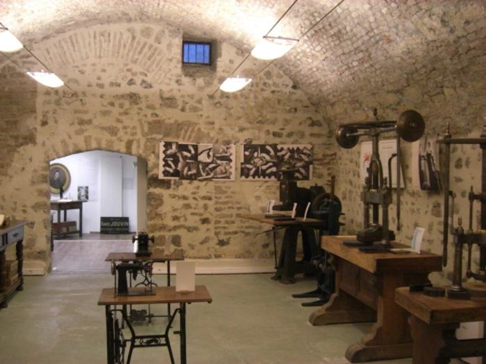 Journées du patrimoine 2020 - Musee de la Ganterie, ancienne manufacture des GANTS JOUVIN