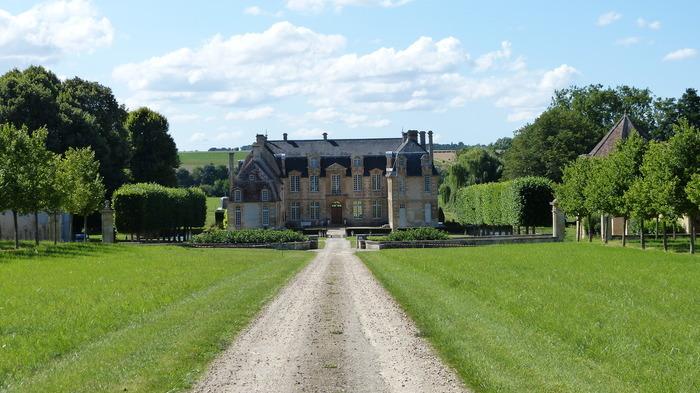 Journées du patrimoine 2019 - Visite libre des extérieurs et du colombier du château de Carel