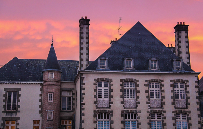Journées du patrimoine 2020 - Circuit commenté des hôtels particuliers et demeures remarquables d'Ernée (XVI - XX s.)