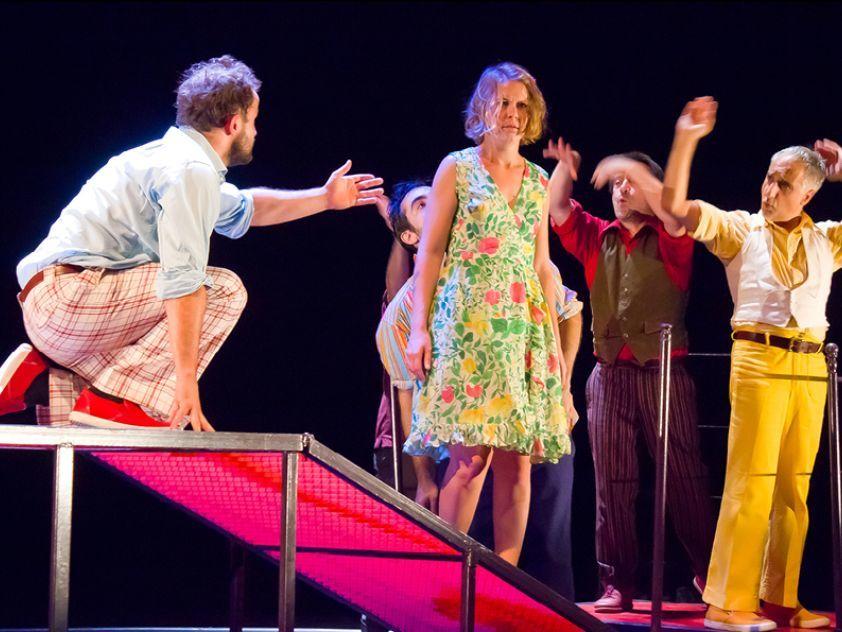 """Le théâtre d'Arles, en partenariat avec le Conseil départemental, programme """"Angèle """", interprété par les comédiens du Cartoun Sardines Théâtre."""