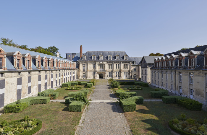 Journées du patrimoine 2019 - Ouverture exceptionnelle de la cour du château de Villers-Cotterêts, future Cité internationale de la langue française