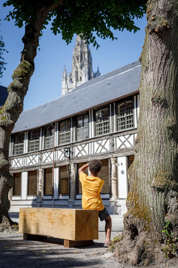 Journées du patrimoine 2020 - Visite théâtralisée à l'Aître Saint-Maclou