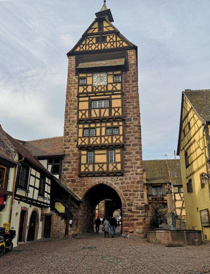 Nuit des musées 2019 -Vivez le Moyen âge à Riquewihr en participant à une visite guidée du Dolder, monument le plus emblématique de la cité