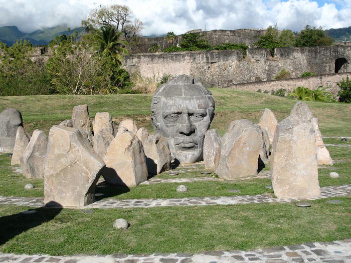Journées du patrimoine 2019 - Un tailleur de pierre au fort Delgrès