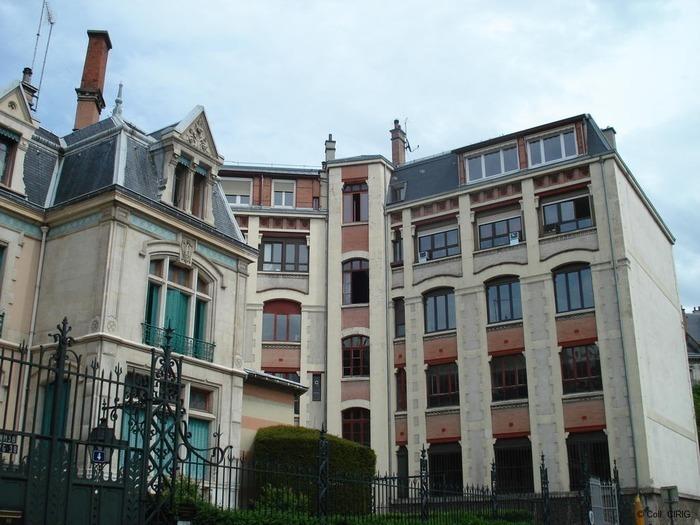 Journées du patrimoine 2019 - Circuit de découverte des anciennes ganteries du centre ville de Grenoble.