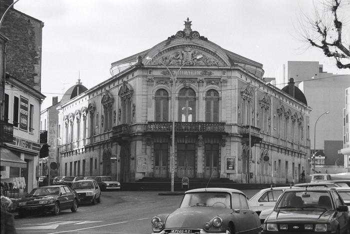 Journées du patrimoine 2020 - Exposition : Clichés choisis de la rénovation du théâtre !