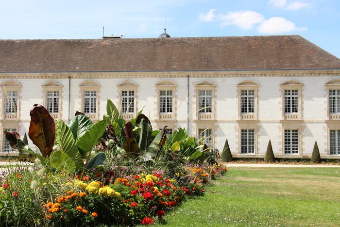 Journées du patrimoine 2019 - Visite guidée de l'Hôtel de Ville, de son jardin et du Cimetière Clamart