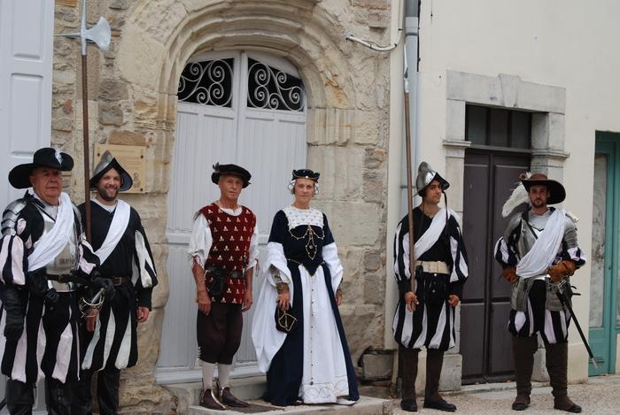 Journées du patrimoine 2020 - Visite guidée et animée de la ville de Navarrenx :