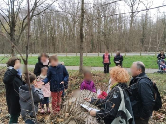 Les participants sont invités à découvrir et à observer la faune et la flore du Parc des Beaumonts, notamment celles présentes aux abords et dans les mares. Balade couplée d'un ramassage de déchets.