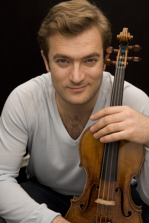 Concert complet : le violoniste Renaud Capuçon sur la scène du Théâtre antique.