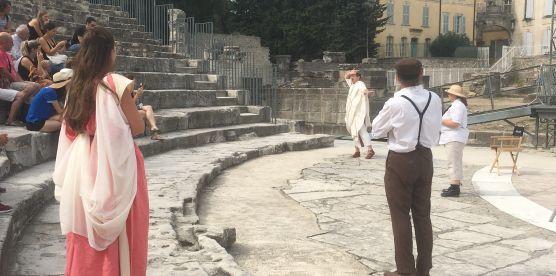 Pour découvrir le théâtre antique sous une forme ludique