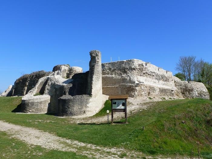 Journées du patrimoine 2019 - Spectacle : Campement médiéval et combats au château d'Ivry-la-Bataille