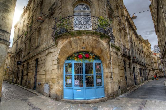 Balade écocitoyenne dans les rues de Bordeaux avec Terre & Océan