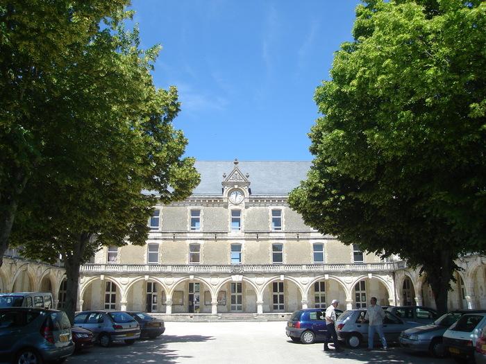 Journées du patrimoine 2020 - Histoire et archives de l'ancien collège Viète