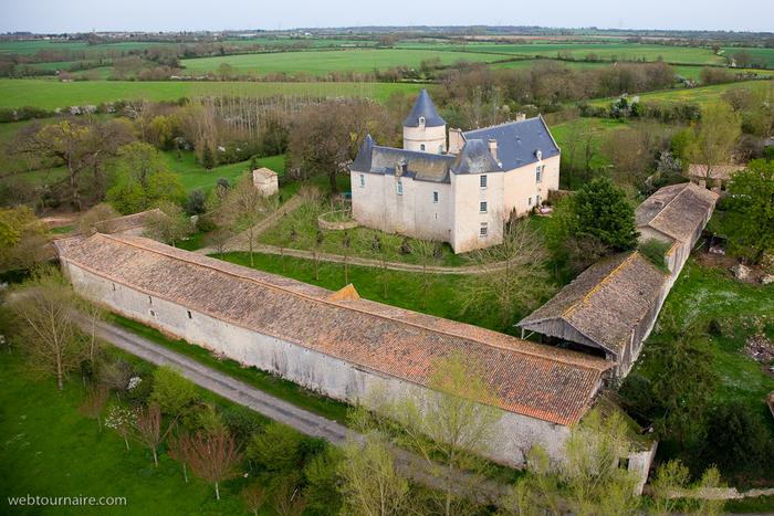 Journées du patrimoine 2019 - Le Logis de Brieuil, ses jardins et sa chapelle vous ouvrent leurs portes