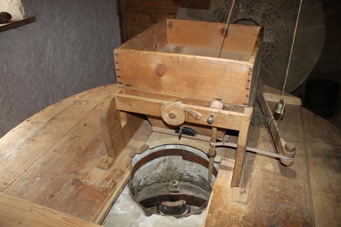 Journées du patrimoine 2020 - Visite guidée d'un moulin à farine dont l'activité connue remonte à 1728. Associée à ce moulin une tournerie sur bois.