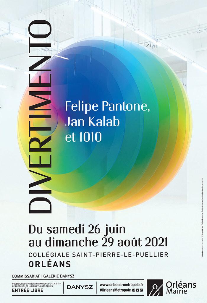 Une explosion de couleurs et de joie dans l'écrin de la Collégiale St-Pierre-le-Puellier.
